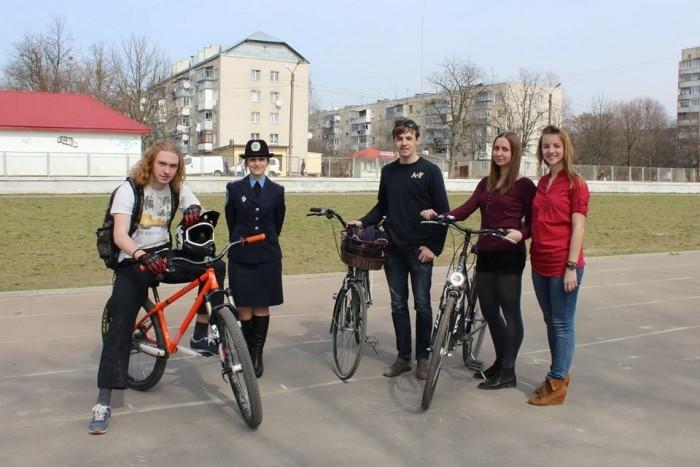 Навчання безпеки їзди на велосипеді у школі Львів