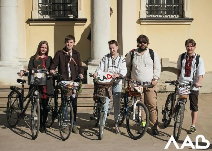 Флешмоб, Львів, велокошик, великдень, ЛАВ, велосипед, паска